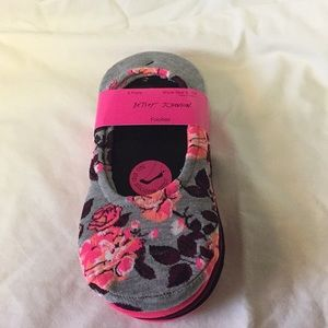 NWT Betsey Johnson footies